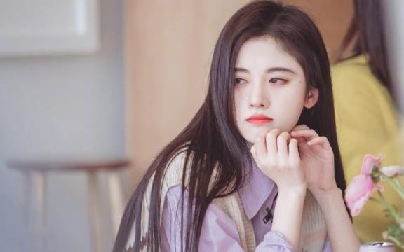 时尚女神鞠婧祎冷艳优雅妩媚迷人写真