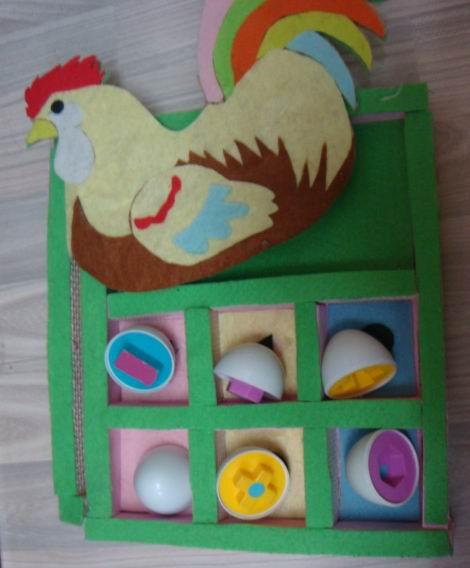 母鸡生蛋图片幼儿