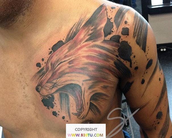 好看的彩色狐狸头胸部纹身(文身)图案
