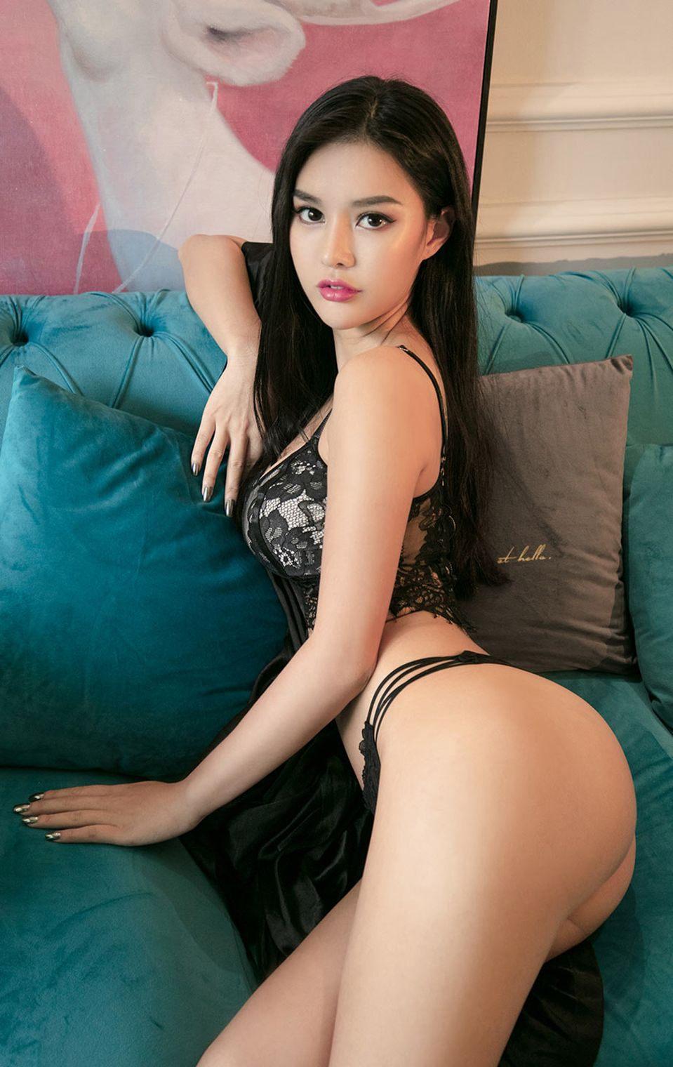 色妹妹Jenny超大美臀翘臀美女少妇诱惑丁字裤人体图片
